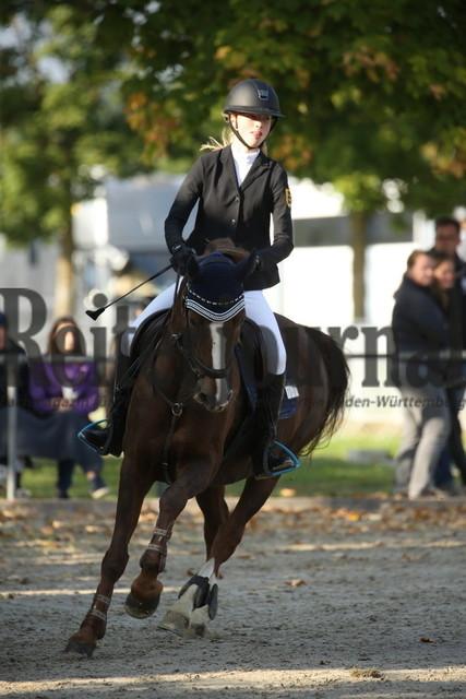 Rot am See_2021_Ponyspringprüfung_Kl.M_Karla Schumacher_Sestriere 2 (1)