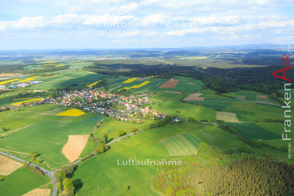 limmersdorf-2015-163   Luftbild von  Limmersdorf - Luftaufnahme wurde 2015 von https://frankenair.de mittels Flugzeug (keine Drohne) erstellt - die Geschenkidee