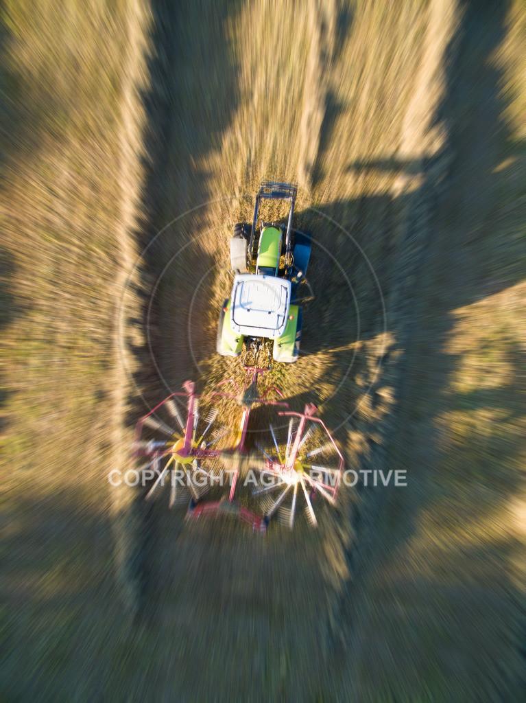 20151001-DJI_0456-ret   Kreiselheuer beim schwaden aus der Vogelperspektive