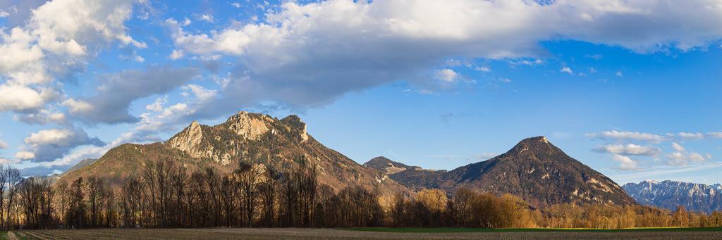 Heuberg und Kranzhorn im Inntal | Panoramaaufnahme im Format 3:1