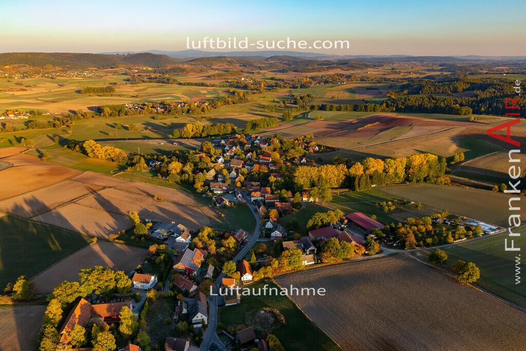 windischenhaig-kulmbach-18-412   aktuelles Luftbild von Windischenhaig Kulmbach - Luftaufnahme wurde 2018 von https://frankenair.de mittels Flugzeug (keine Drohne) erstellt.