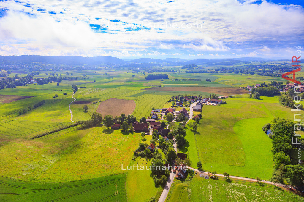unterzettlitz-kulmbach-2016-170 | Luftbild von Unterzettlitz Kulmbach - Luftaufnahme wurde 2016 von https://frankenair.de mittels Flugzeug (keine Drohne) erstellt - die Geschenkidee