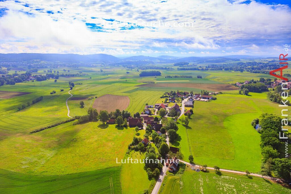 unterzettlitz-kulmbach-2016-170   Luftbild von Unterzettlitz Kulmbach - Luftaufnahme wurde 2016 von https://frankenair.de mittels Flugzeug (keine Drohne) erstellt - die Geschenkidee