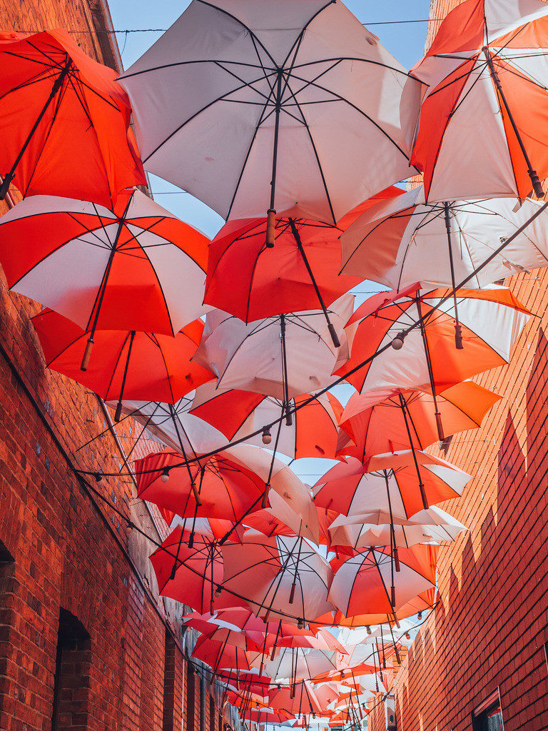 Ballarat Gasse mit Regenschirmen | Ballarat Gasse mit Regenschirmen