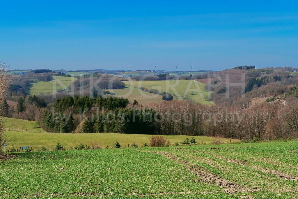 Panoramablick über Felder | Panoramablick über die Felder von Kesbern, einem Stadtteil von Iserlohn.