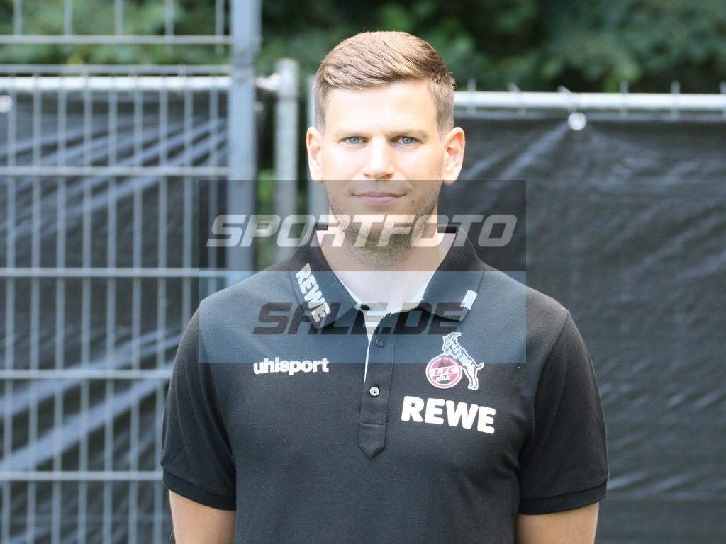 1. FC Köln Fotoshooting | Denis Huckestein - © Sportfoto-Sale (MK)