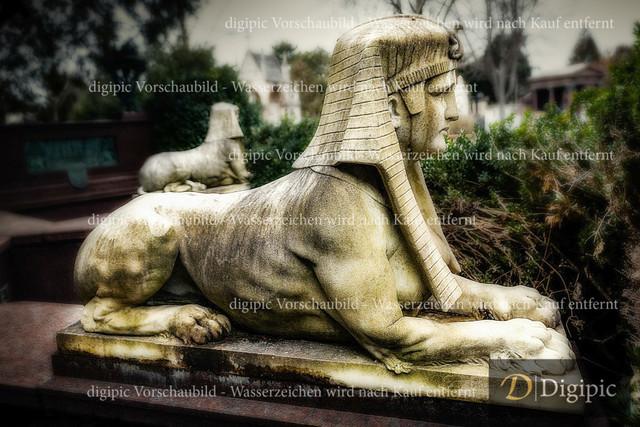 Sphinx 1 -Vorschaubild | Sphinx am Zentralfriedhof