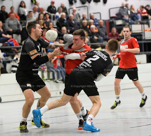 20191215 Handball Männer Landesliga MSG Roßdorf Reinheim - OFC Kickers copyright by HEN-FOTO | 20191215 Handball Männer Landesliga MSG Roßdorf Reinheim - OFC Kickers v li 23 Florian Küchler (O) 33Yanick Ballsiefen (R) 2 Daniel Adolph (O) copyright by HEN-FOTO Foto: Peter Henrich