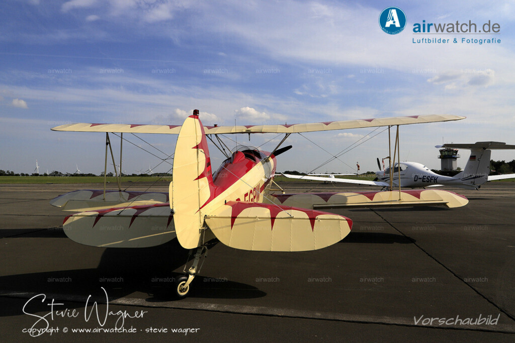 Flughafen Husum, Great Lakes 2T-1A-2 | Flughafen Husum, Great Lakes 2T-1A-2