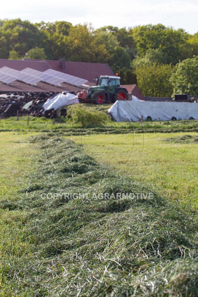 20150511-IMG_1513 | Gras silieren - AGRARMOTIVE Bilder aus der Landwirtschaft