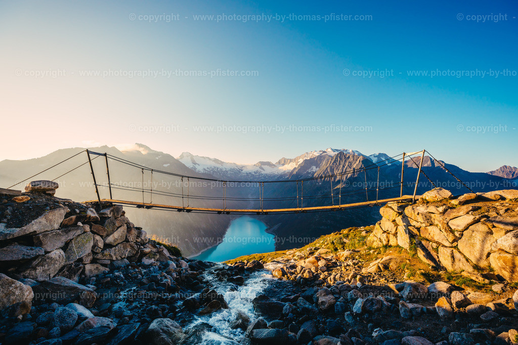 Brücke bei Olpererhütte Sonnenaufgang-3