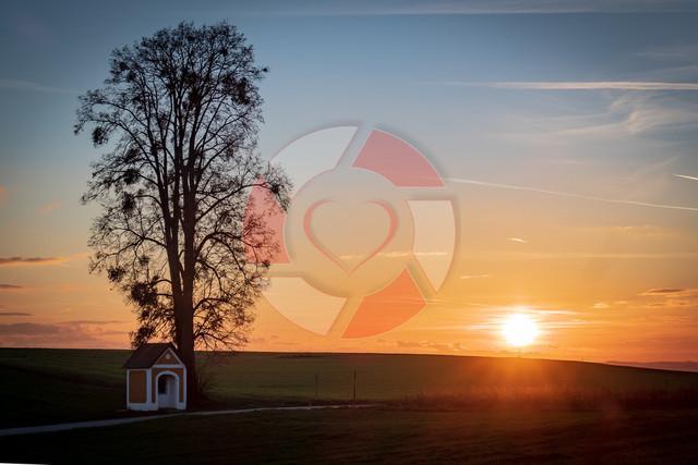 Sonnenuntergang | Sonnenuntergang bei der Kapelle in Weinzierl