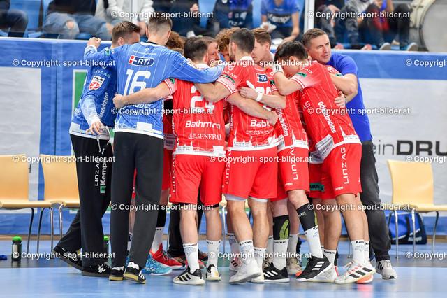 AUT, HLA, HC Linz AG vs Schwaz Handball Tirol   09.10.2021, Sporthauptschule Linz-Kleinmuenchen, AUT, HLA, HC Linz AG vs  Schwaz Handball Tirol, im Bild Team HC Linz AG