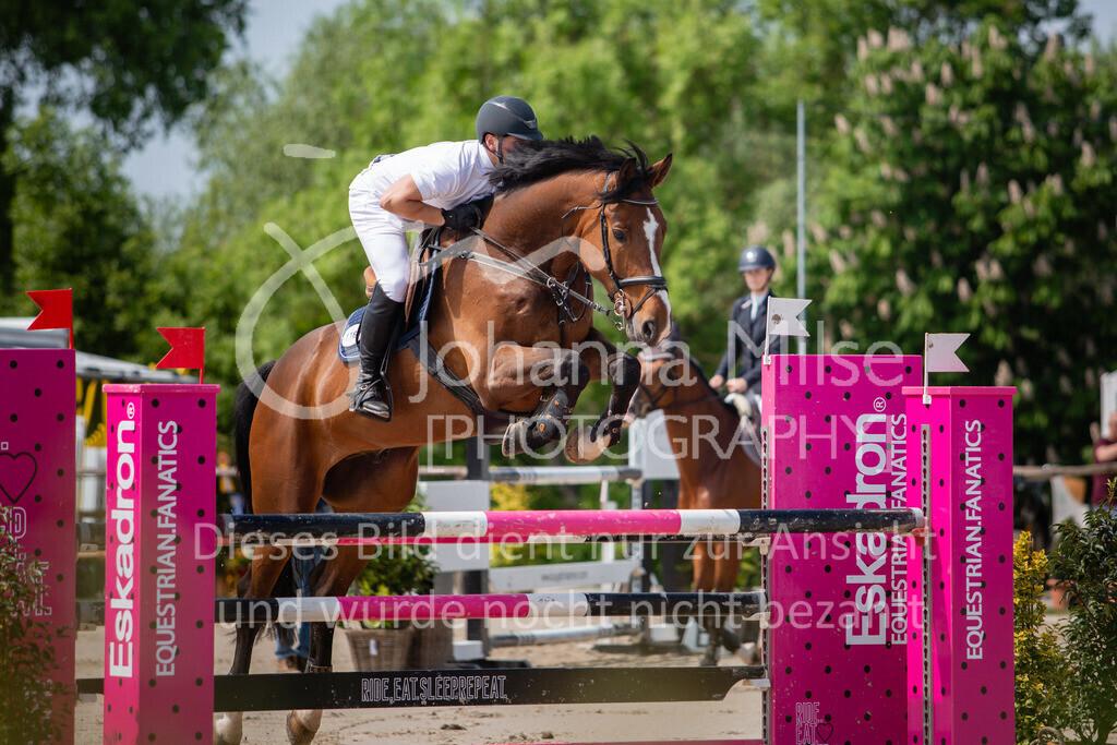 190524_LüPfSpTa_M-Spr_U25-311 | Pferdesporttage Herford 2019 Springprüfung Kl. M* U25