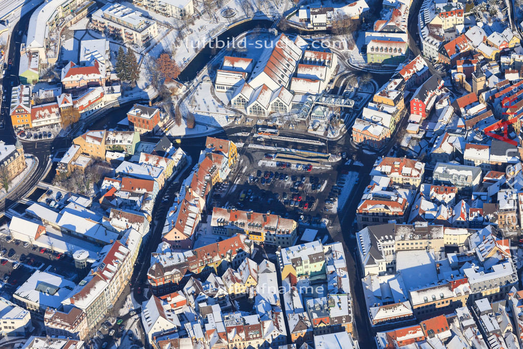 luftbild-kulmbach-2016-5950   Luftbild von  Kulmbach - Luftaufnahme wurde 2016 von https://frankenair.de mittels Flugzeug (keine Drohne) erstellt - die Geschenkidee