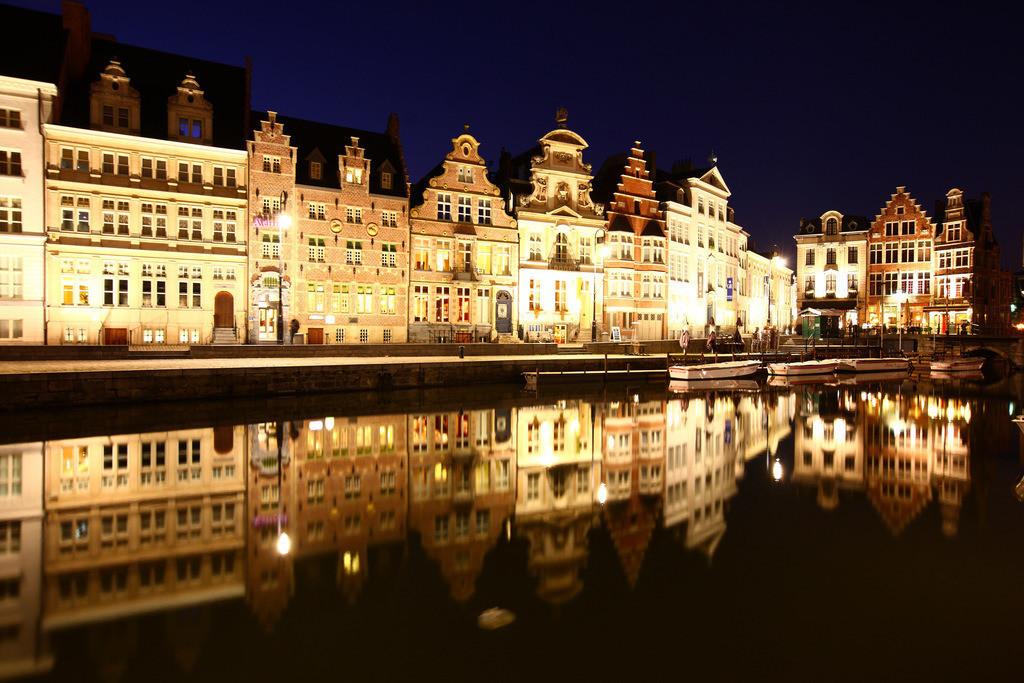 JT-110128-027   Fluss Leie. Blick auf die Altstadt, Gent, Ostflandern, Belgien, Europa.