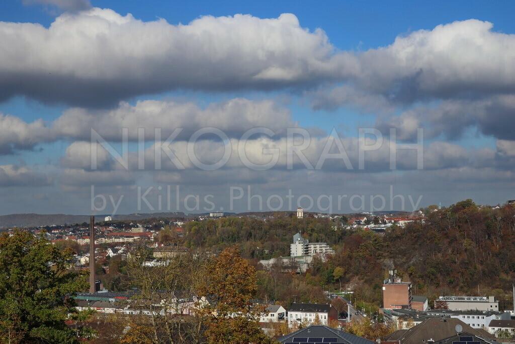 Hagen im Herbst | Die Volmemetropole Hagen im Herbst unter einer flauschigen Wolkendecke.