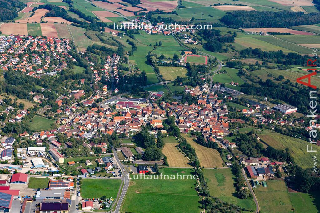burghaslach-19-774 | aktuelles Luftbild von  Burghaslach - Luftaufnahme wurde 2019 von https://frankenair.de mittels Flugzeug (keine Drohne) erstellt.