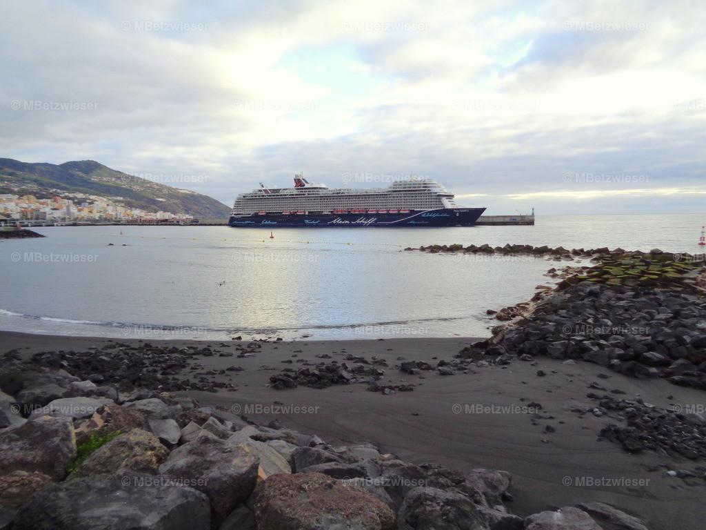 DSC00752 | Mein Schiff 2 im Hafen La Palma