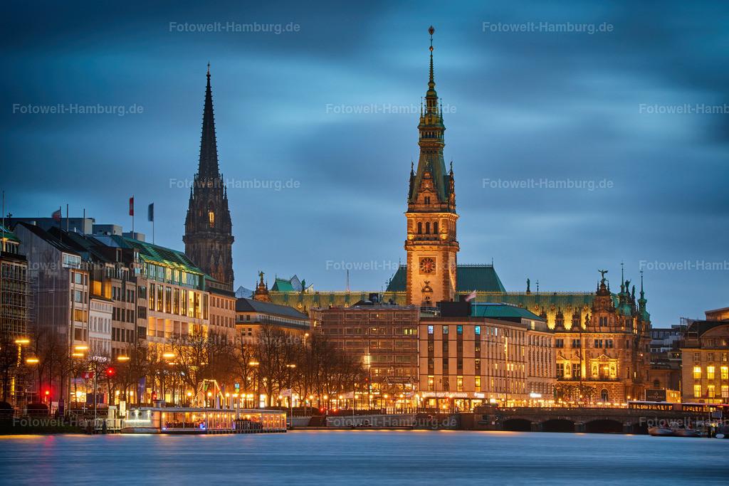 11983284 - Hamburger Rathaus und St. Nikolai
