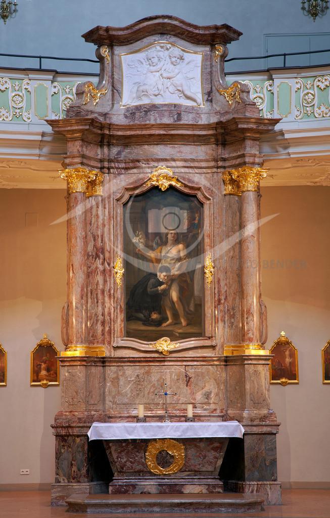 Jesuitenkirche Seitenaltar 1