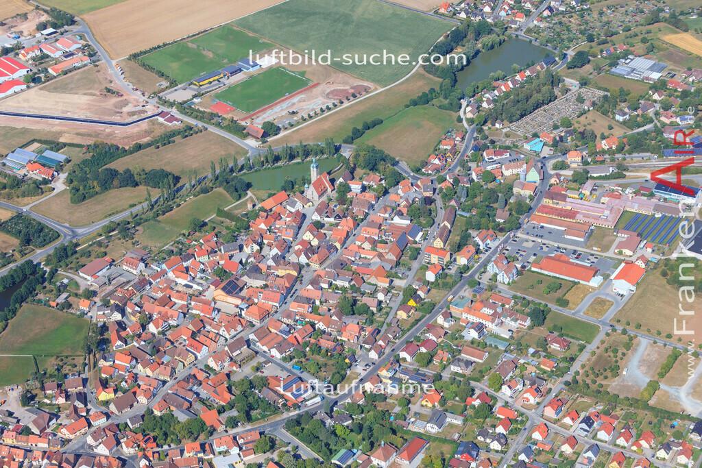 luftbild-markt-erlbach-2015-5023 | Luftbild von  Markt-erlbach - Luftaufnahme wurde 2015 von https://frankenair.de mittels Flugzeug (keine Drohne) erstellt - die Geschenkidee