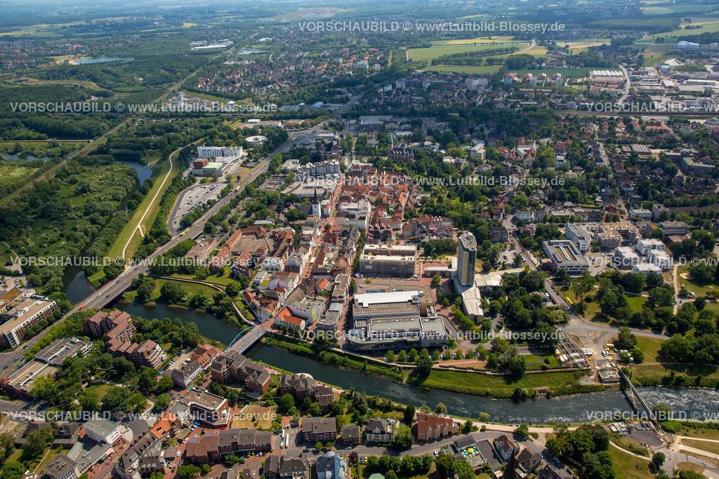 Luenen15064041 | Blick auf den Stadtkern von Lünen mit dem Umbau des Hertie-Hauses, Lünen, Ruhrgebiet, Nordrhein-Westfalen, Deutschland