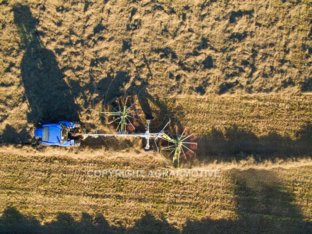 20151001-DJI_0437   Kreiselheuer beim schwaden aus der Vogelperspektive