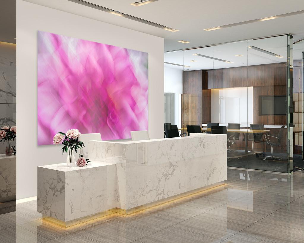 Abstraktes Blumenmotiv für das Foyer   Anwendungsbeispiel für eine Wandgestaltung für den Eingangsbereich in Ihrem Unternehmen. Sie finden das Motiv in der Galerie Farben und Formen - Pflanzen abstrakt