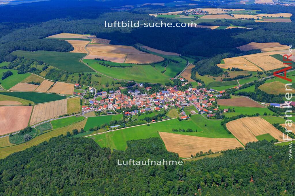 luftaufnahme-oberscheinfeld-17-4899 | Luftbild von  Oberscheinfeld - Luftaufnahme wurde 2017 von https://frankenair.de mittels Flugzeug (keine Drohne) erstellt - die Geschenkidee