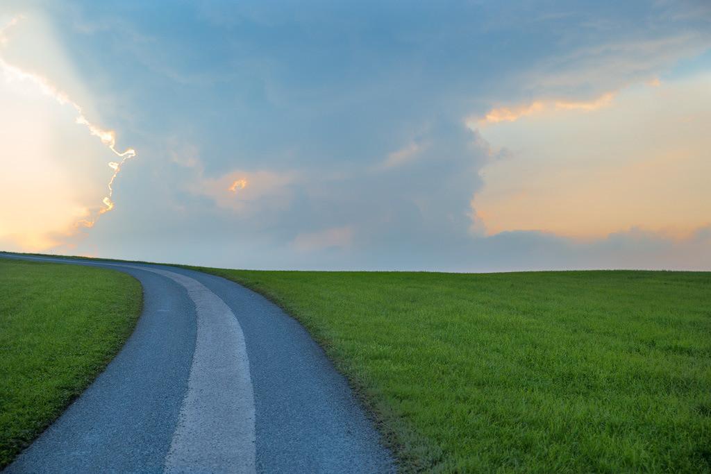 Road to heaven | kleine Straße in Richtung Himmel