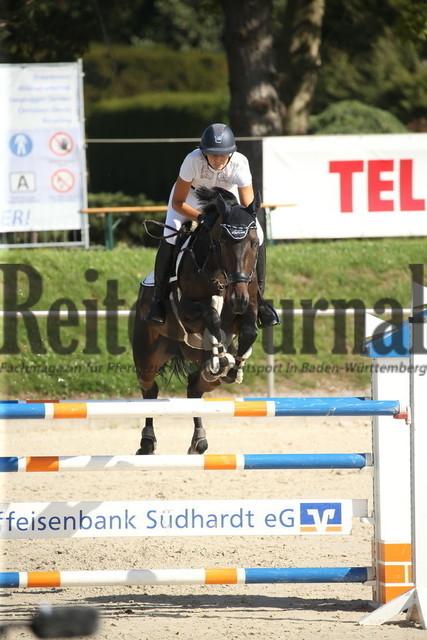 Durmersheim_2020_Amazonen-Springprfg_Kl.S_Maren Wittenborn_Obora_s Quiss (8)