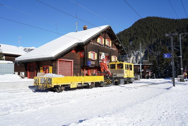 SMV02708