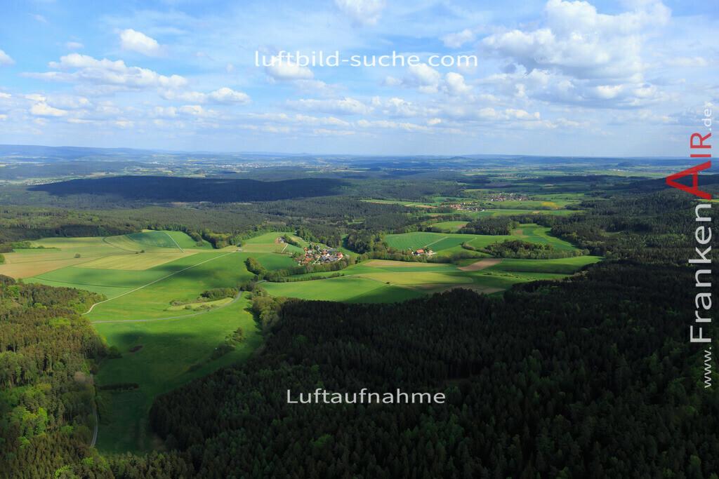 pleofen-2015-170 | Luftbild von Felkendorf Pleofen - Luftaufnahme wurde 2015 von https://frankenair.de mittels Flugzeug (keine Drohne) erstellt - die Geschenkidee