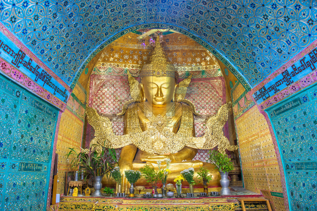 MW0119-2411 | Myanmar: Vergoldete Buddha-Statue