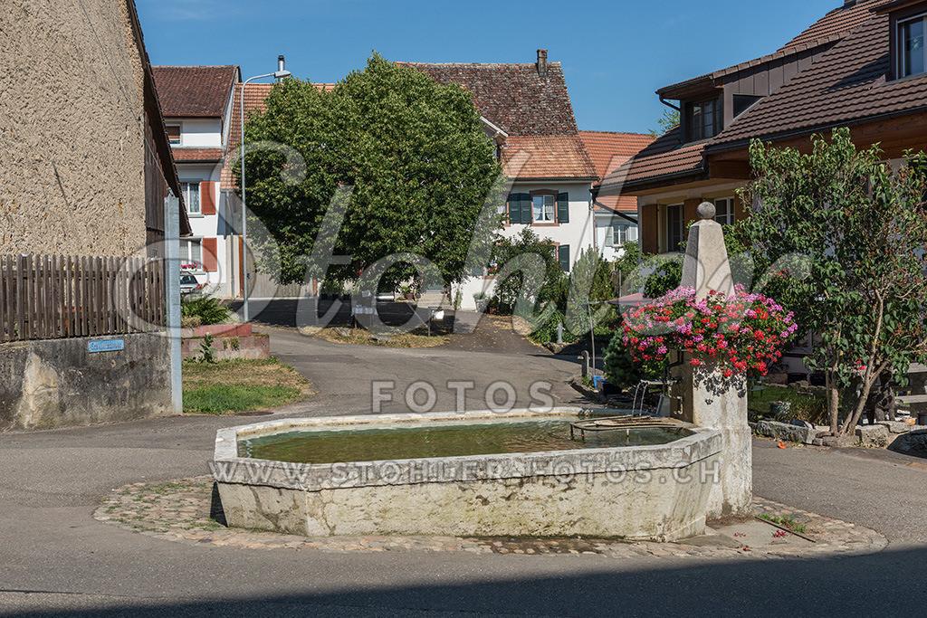 Dorfbrunnen, Rünenberg (BL) | Der Unterdorfbrunnen ist der grösste Dorfbrunnen, Rünenberg im Kanton Baselland.