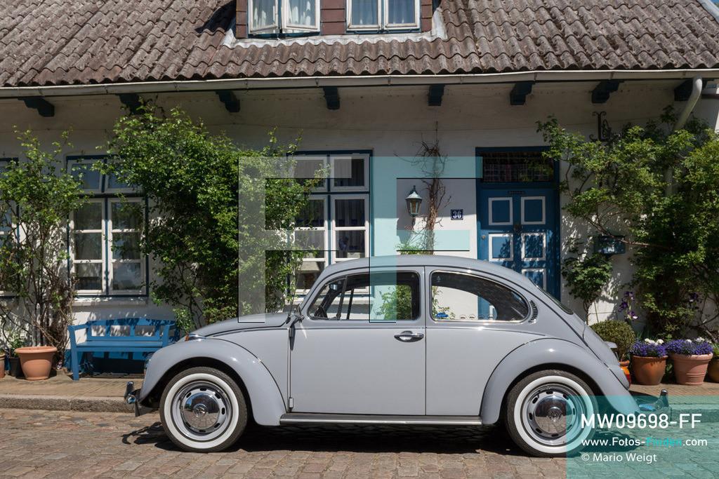 MW09698-FF   Deutschland   Schleswig-Holstein   VW Käfer auf Deutschlandtour   Oldtimer VW Käfer in Friedrichstadt  ** Feindaten bitte anfragen bei Mario Weigt Photography, info@asia-stories.com **