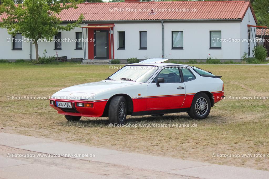 Porsche 924 Le Mans Sondermodell, 1980   Porsche 924 Le Mans, Coupé 2 Türen, alpinweiß, 1980, Sondermodell zu den Siegen im 24-Stunden-Rennen von Le Mans im Jahre 1979, Stückzahl: 1030, BRD, Deutschland