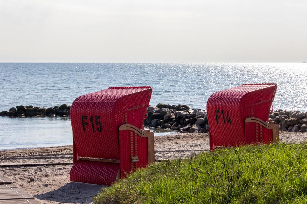 Strandkörbe an der Ostsee | Strandkörbe am Strand in Schönhagen