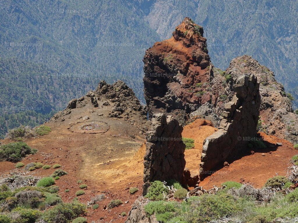 P5183040 | Ehemaliger Versammlungspunkt der Guanchen auf dem Roque de Los Muchachos