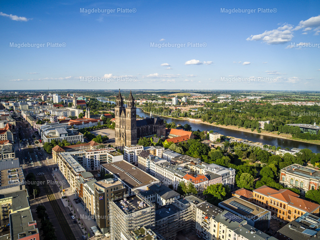 Magdeburg Breiter Weg Engel _ Völkers-0035 | Luftbilder aus der Vogelperspektive von MAGDEBURG mit Drohne oder von oben fotografiert für die Bilddatenbank der Luftbildfotografie von Sachsen - Anhalt.