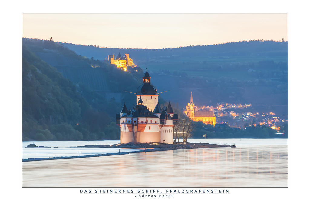 Das steinernes Schiff, Pfalzgrafenstein | Die Serie 'Leuchtender Rhein' zeigt den Rhein in leuchtenden Farben.