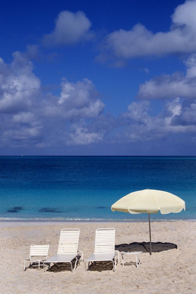 JT-030601- | Karibik, Tuks and Caicos Island, Hotelstrand,