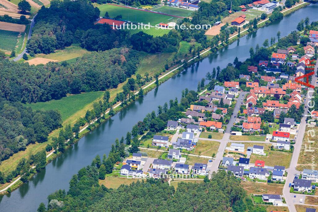 luftbild-moehrendorf-17-4863   Luftbild von  Moehrendorf - Luftaufnahme wurde 2017 von https://frankenair.de mittels Flugzeug (keine Drohne) erstellt - die Geschenkidee