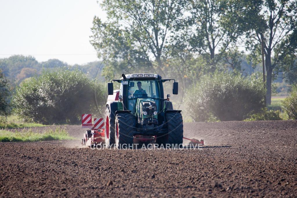 20110930-IMG_6333 | säen von Wintergerste - AGRARFOTOS