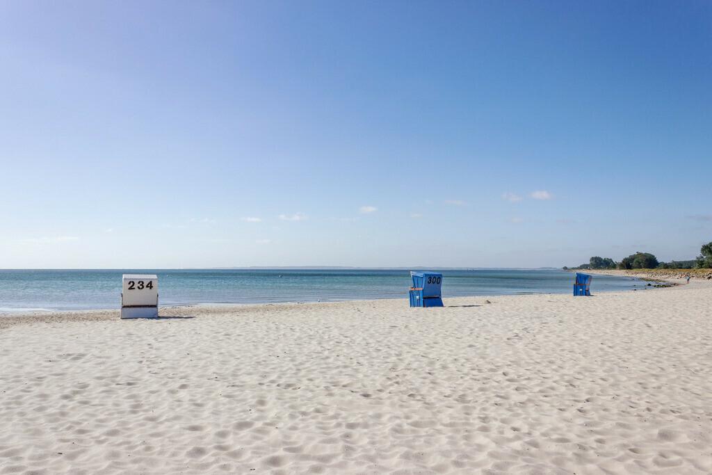 Strand in Damp   Strandkorb am Strand in Damp
