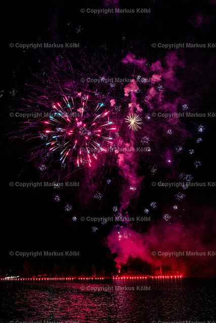 Feuerwerk Karlsfeld 2019-112