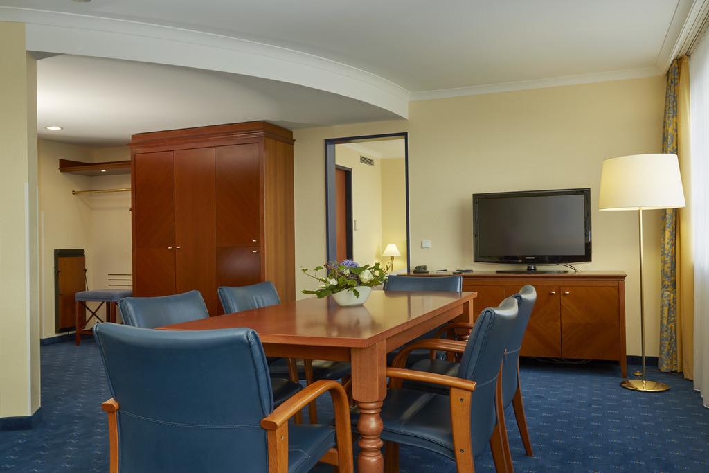 zimmer-suite-07-h4-hotel-kassel
