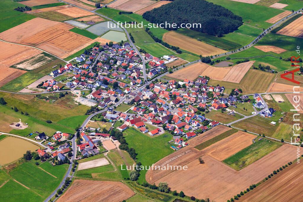 niederlindach-hessdorf-17-4872 | Luftbild von Niederlindach Hessdorf - Luftaufnahme wurde 2017 von https://frankenair.de mittels Flugzeug (keine Drohne) erstellt - die Geschenkidee