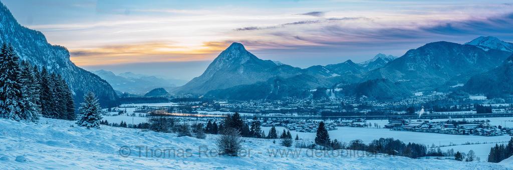_C290035-Pano   Abendliche Panoramaansicht von Kufstein und Ebbs.